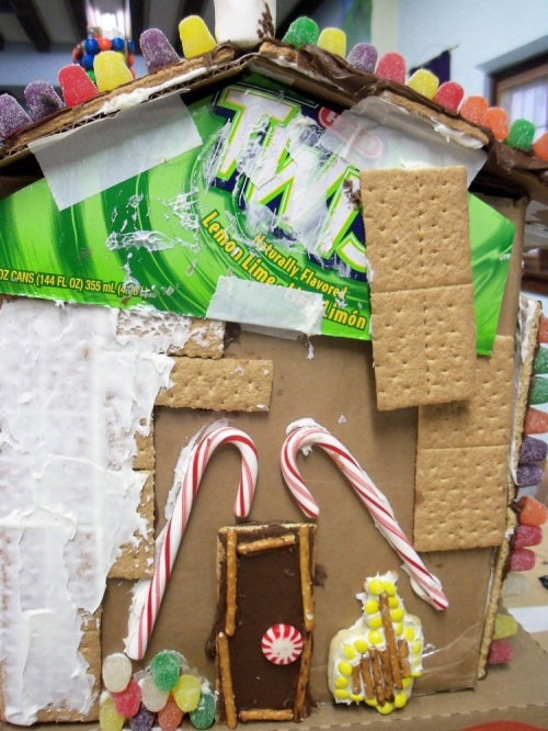 Gingergread_house_2012_4_copy
